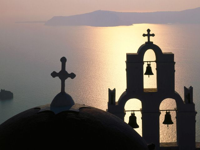 Bell_Gable_Thira_Island_Greece