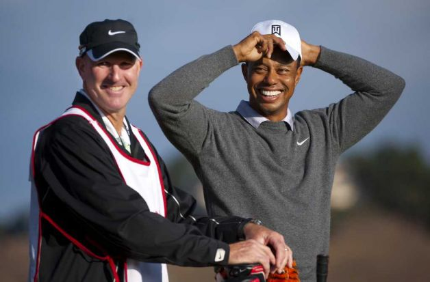 Tiger Woods (R) with his new caddie Joe LaCava. (Photo by Robert Laberge/Getty Images).