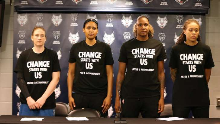 Sports Illustrated: Minnesota lynx officers walk out against Black Lives Matter Tshirts