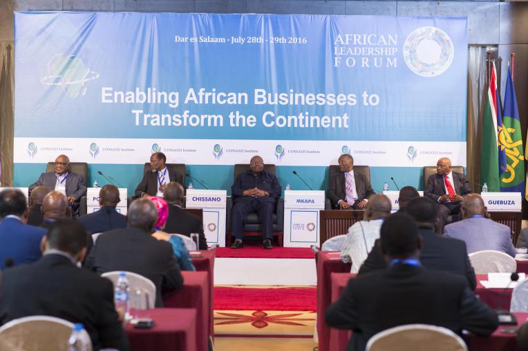 Former Presidents follow the keynote address from the high-table. From left is H.E Hifikepunye Pohamba of Namibia, H.E. Joaquim Chissano of Mozambique, H.E Benjamin William Mkapa of Tanzania, H.E Thabo Mbeki of South Africa and H.E. Armando Guebuza of Mozambique.